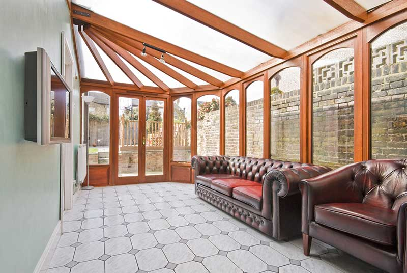 Conservatory with leather furniture